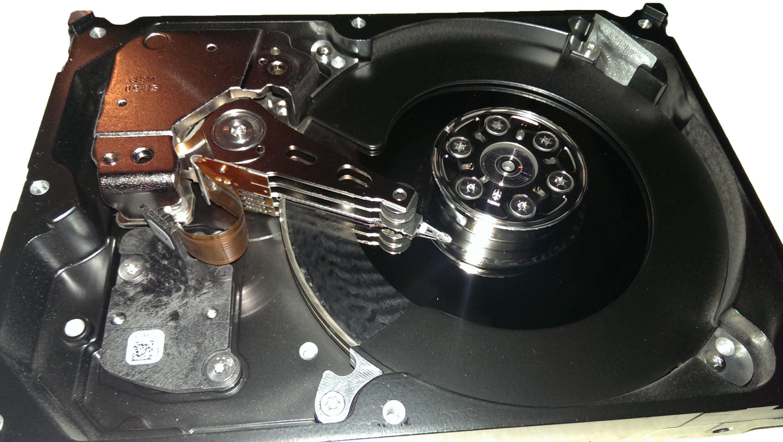 clicking-hard-drive-damaged-platters